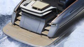 Lexus LY 650 Yate Exterior (20)