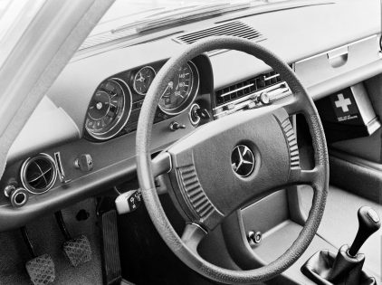 Mercedes Benz 240 D 30 W115 7