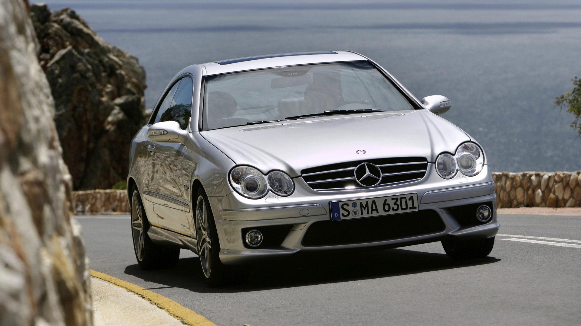 Mercedes Benz CLK 63 AMG C209 1