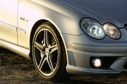 Mercedes Benz CLK 63 AMG C209 2