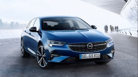 Opel Insignia 2020 (4)