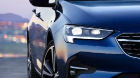 Opel Insignia 2020 (8)
