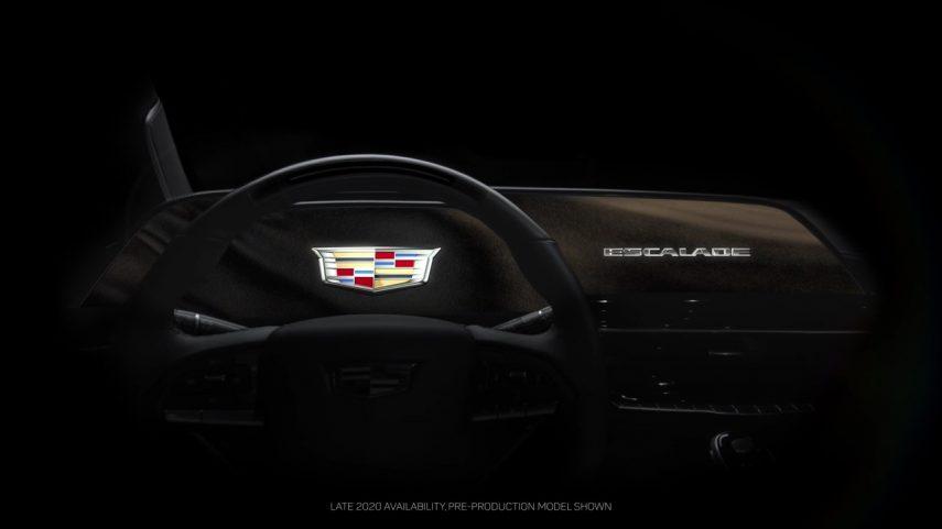 Cadillac prepara una instrumentación OLED curva de 38 pulgadas