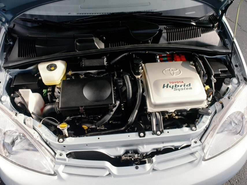 Toyota Prius XW10 3