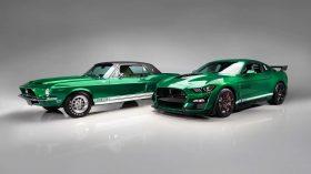 1967 Shelby GT500 Green Hornet y 2020 Shelby GT500