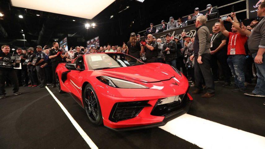 El primer Chevrolet Corvette (C8) de producción, vendido por 2,7 millones de euros