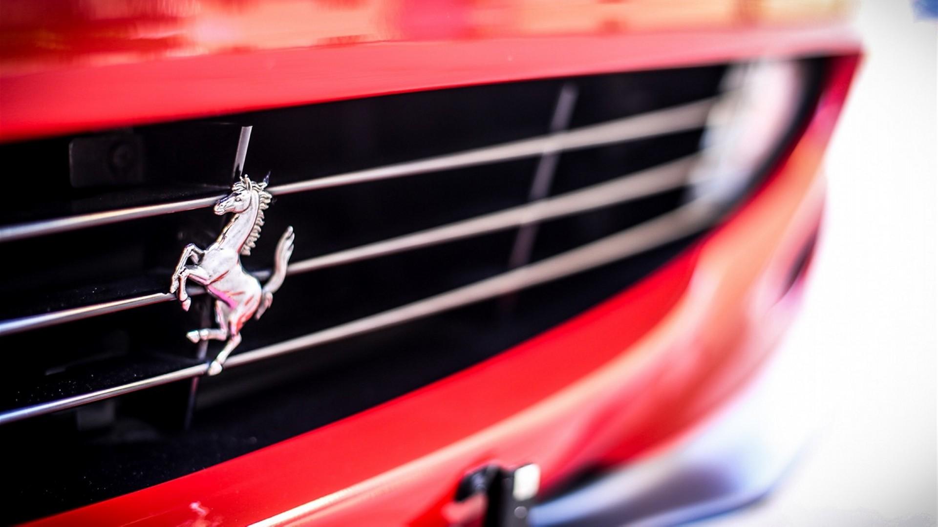 Ferrari Logo (4)