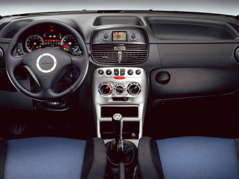 Fiat Punto HGT 1999 6