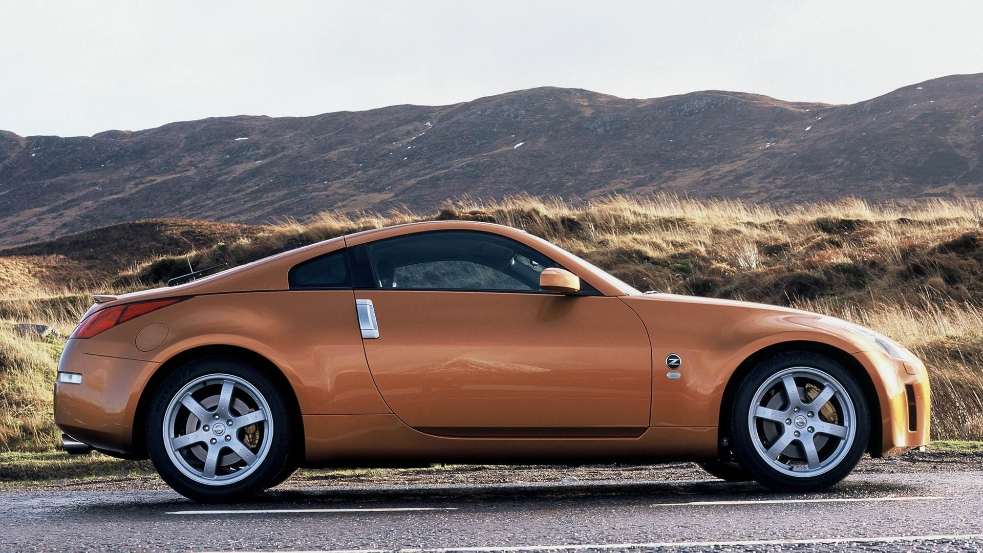 Nissan 350Z Coupe 5