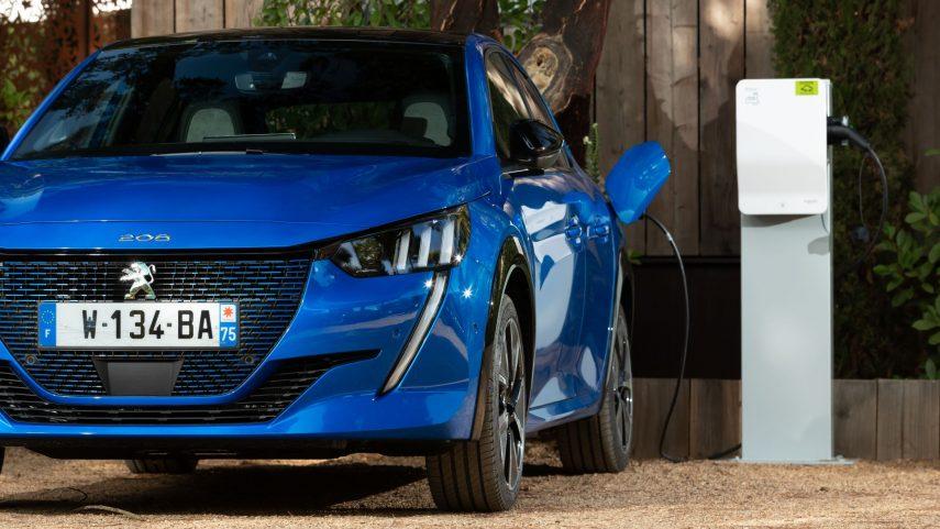 Los coches eléctricos se hicieron con el 13 % del mercado europeo en enero