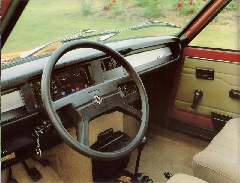 Renault 7 GTL 3