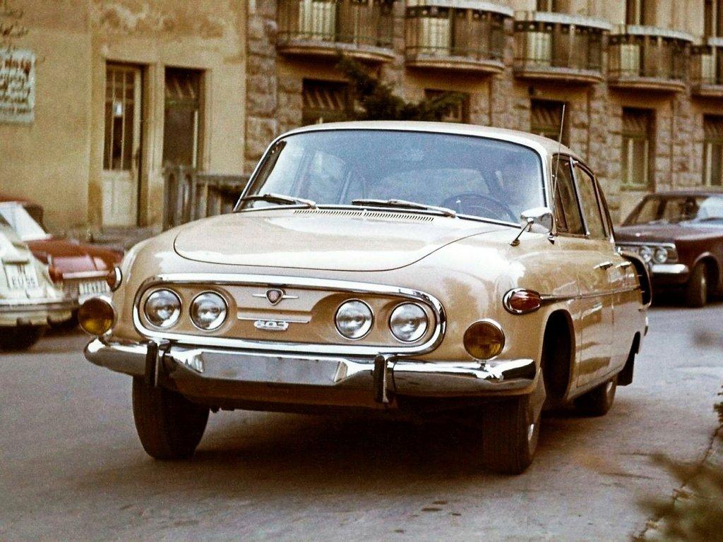 Tatra 603 4