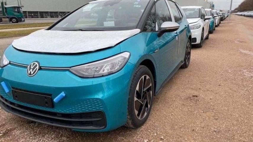 """Las primeras unidades del Volkswagen ID.3 saldrán """"incompletas"""" de fábrica"""