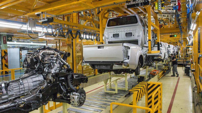 Nissan baraja aplicar una nueva estrategia a sus plantas de producción