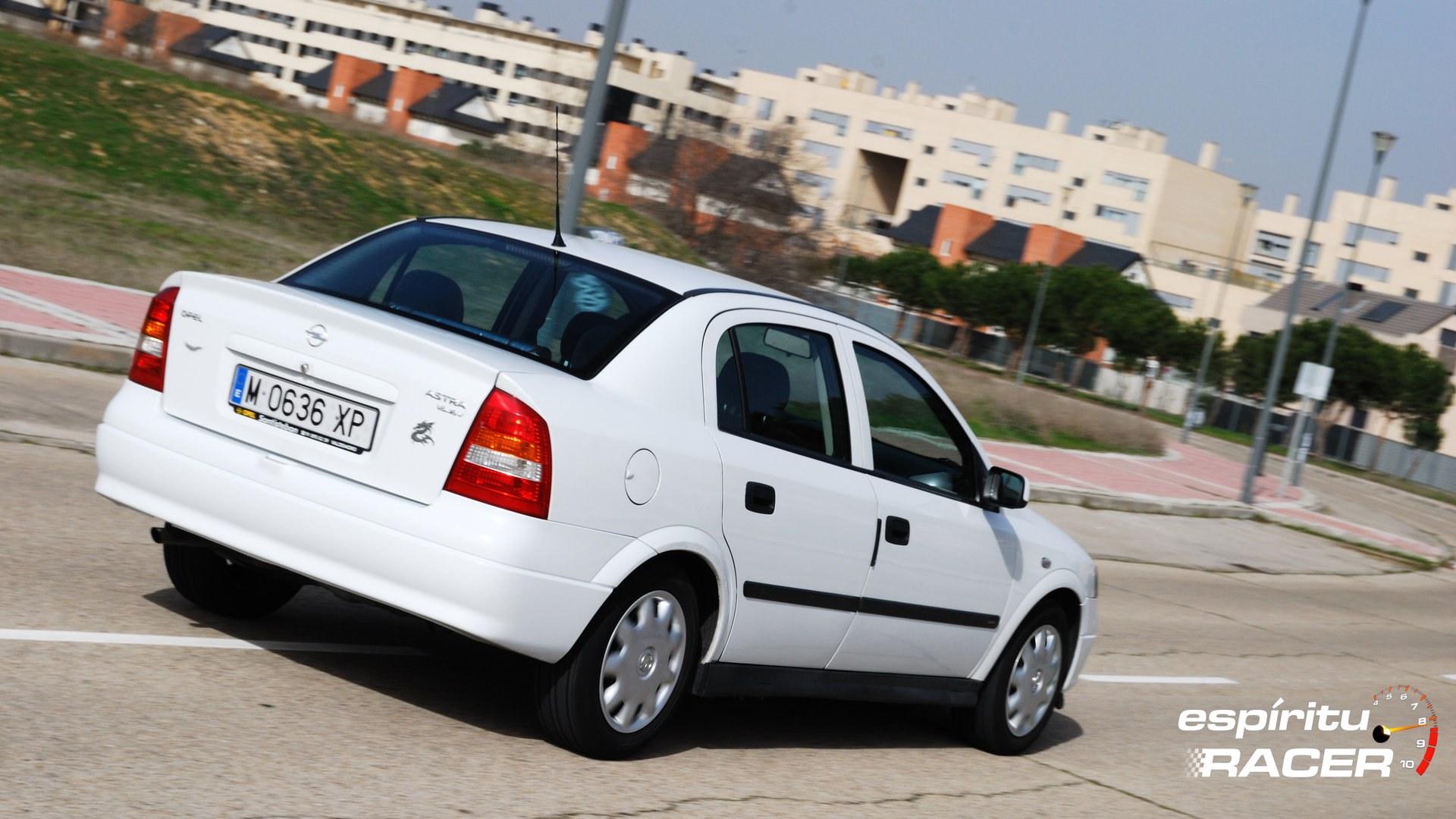 Opel Astra Comfort Sedan G 4