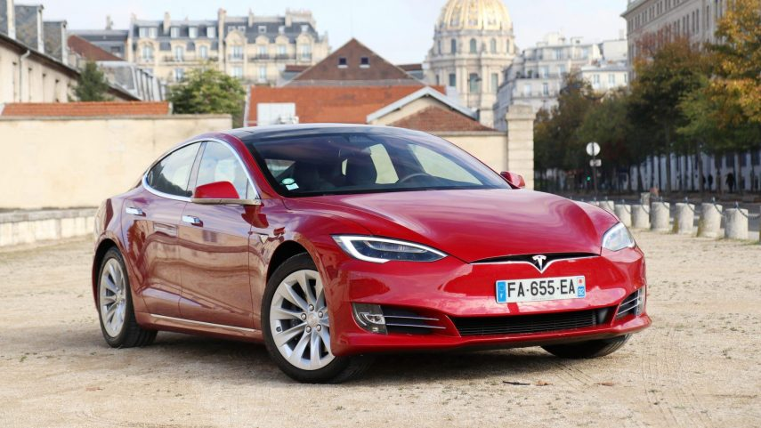Lo que Tesla te da, Tesla te puede quitar