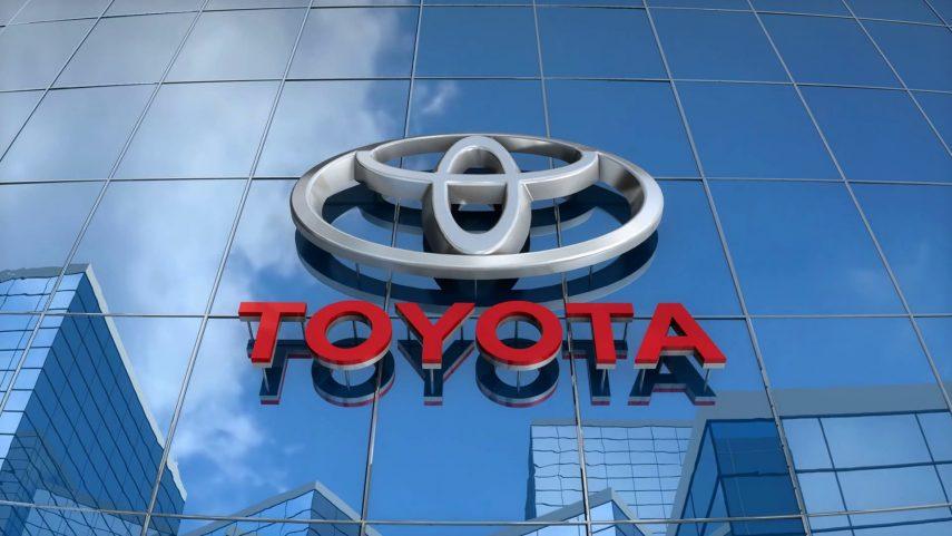 """Toyota quiere evitar más """"aceleraciones incontroladas"""""""
