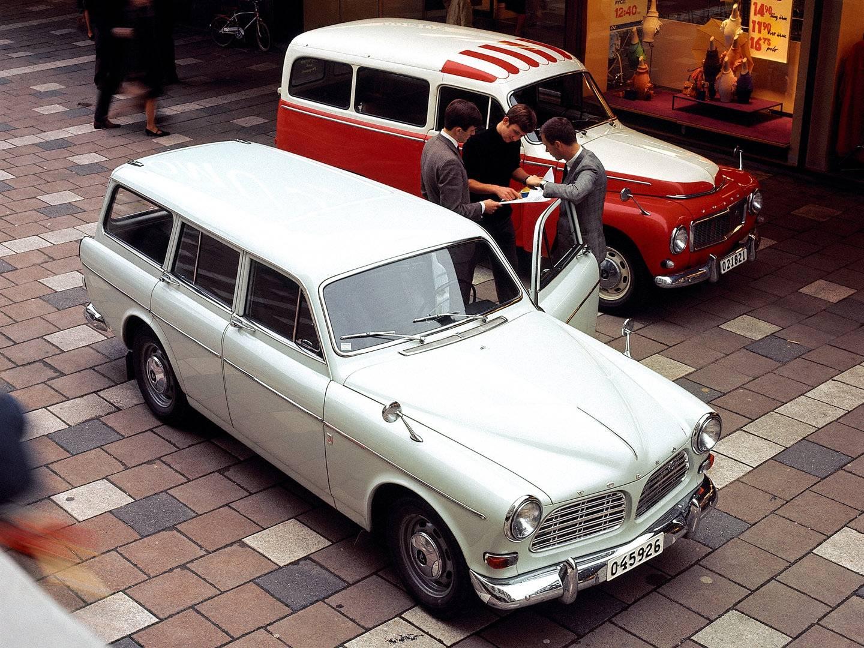 Volvo P220 Amazon Kombi y P210
