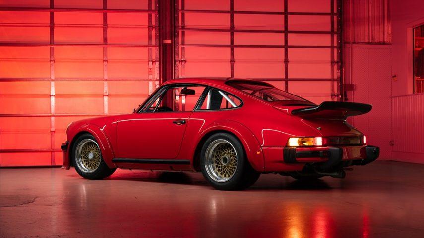 No es un 911 con esteroides, es el primer Porsche 934 fabricado