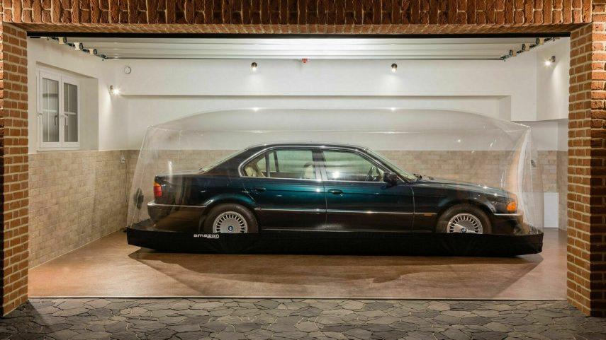 El BMW Serie 7 de 1997 (E38) que pasó 23 años en una burbuja busca dueño