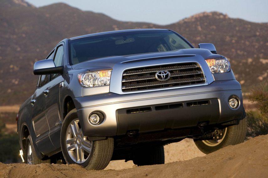 Coche del día: 2007 Toyota Tundra Crewmax