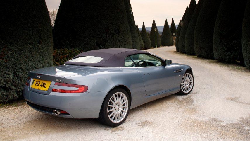 Aston Martin DB9 Volante 2004 3