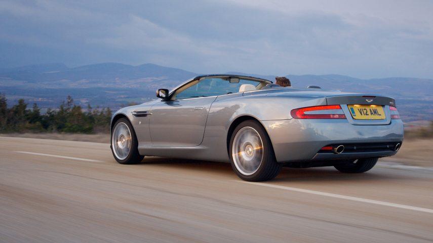Aston Martin DB9 Volante 2004 4