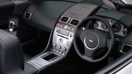 Aston Martin DB9 Volante 2004 5