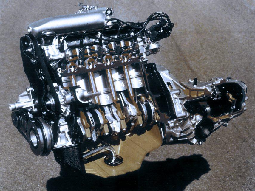 Audi 80 CD B2 motor