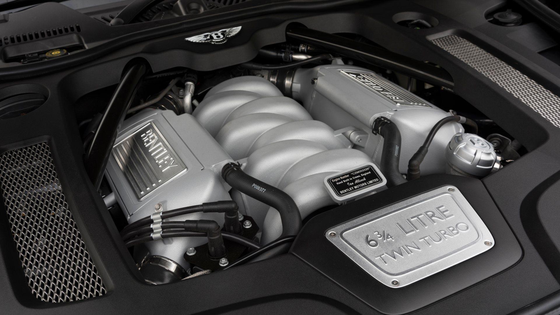 El motor V8 6.75 de Bentley es un vestigio de tiempos pasados