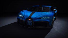 Bugatti Chiron Pur Sport 2020 (11)