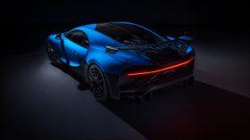 Bugatti Chiron Pur Sport 2020 (14)