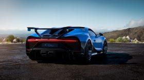 Bugatti Chiron Pur Sport 2020 (3)