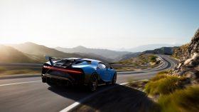 Bugatti Chiron Pur Sport 2020 (4)