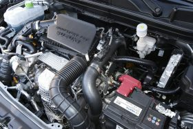 Contacto Suzuki S Cross SHVS 48V 10