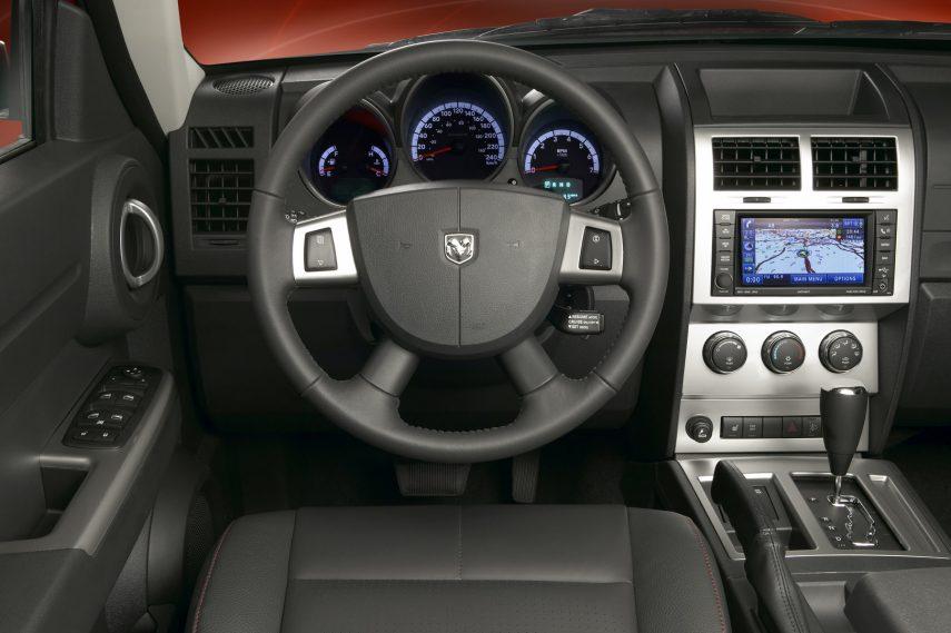 Dodge Nitro 4x4 RT 3
