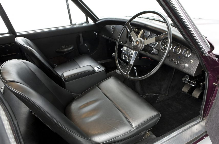 Jensen 541 R interior