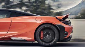 McLaren 765LT 20