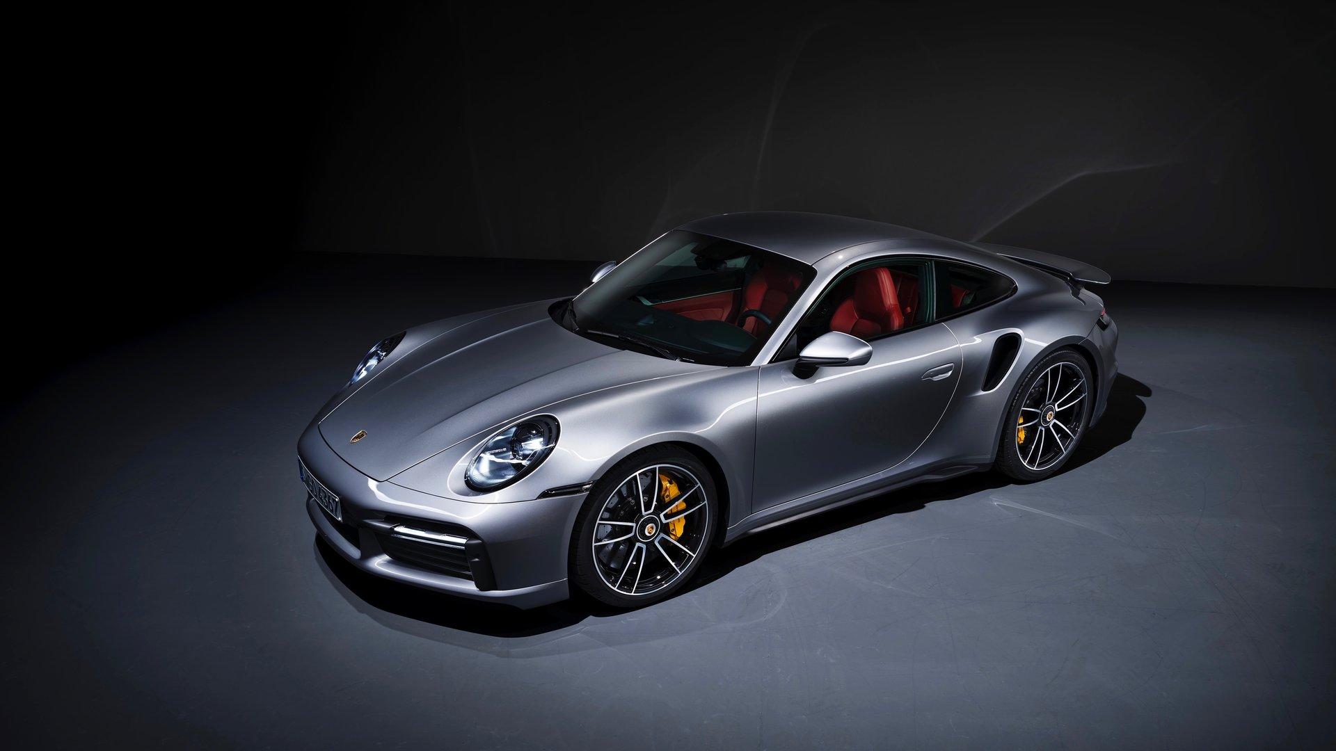 Aunque Porsche se electrifique, el 911 seguirá empleando un motor de combustión