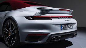 Porsche 911 Turbo S 992 18