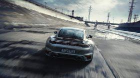 Porsche 911 Turbo S 992 20