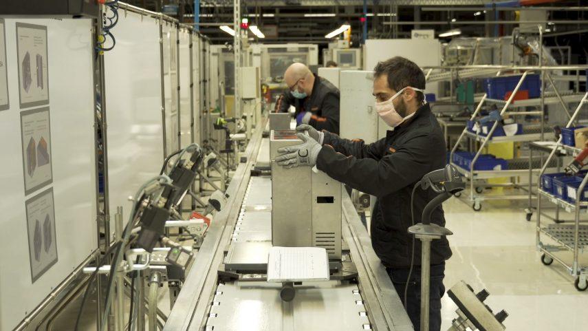 SEAT utiliza su planta de Martorell para fabricar respiradores