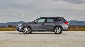 Subaru Outback Silver Edition (13)
