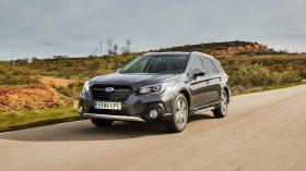 Subaru Outback Silver Edition (18)