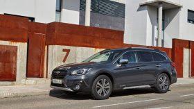 Subaru Outback Silver Edition (22)