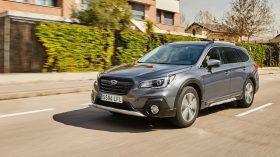 Subaru Outback Silver Edition (24)