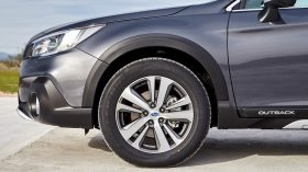 Subaru Outback Silver Edition (31)
