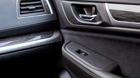 Subaru Outback Silver Edition (40)