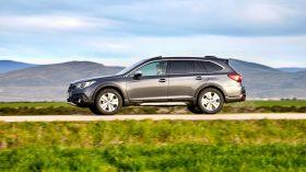 Subaru Outback Silver Edition (6)