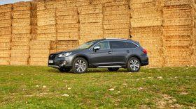 Subaru Outback Silver Edition (8)